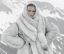 Karlie_in_Stelvio_for_Vogue_Italia.jpg